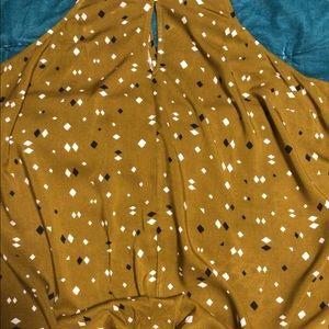 Torrid NWOT size 00 (10-12) halter top single button back